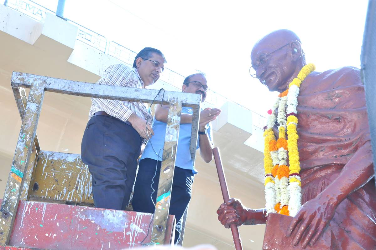 WCL, NMC Commemorate Gandhi Jayanti with Fervour